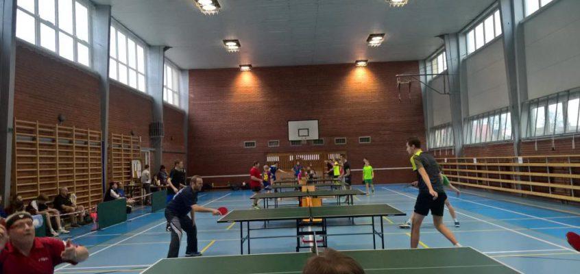 Turniej Tenisa Stołowego dla młodzieży i dorosłych